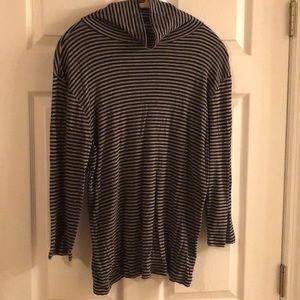 Gap 3/4 sleeve gray/black striped turtleneck